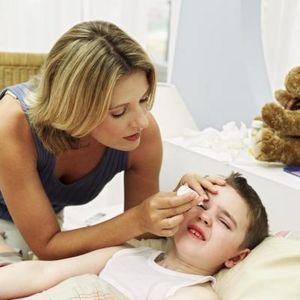 Зкапываем глаза ребенку