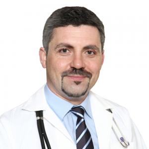 Мужчина врач