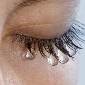 Слезы на ресницах