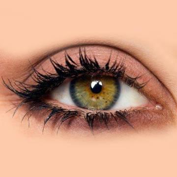 Зелено карие глаза