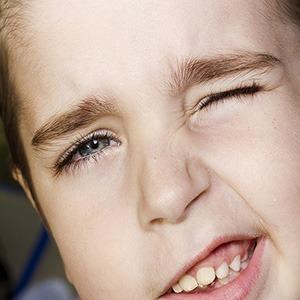 Нервный тик глаза у детей