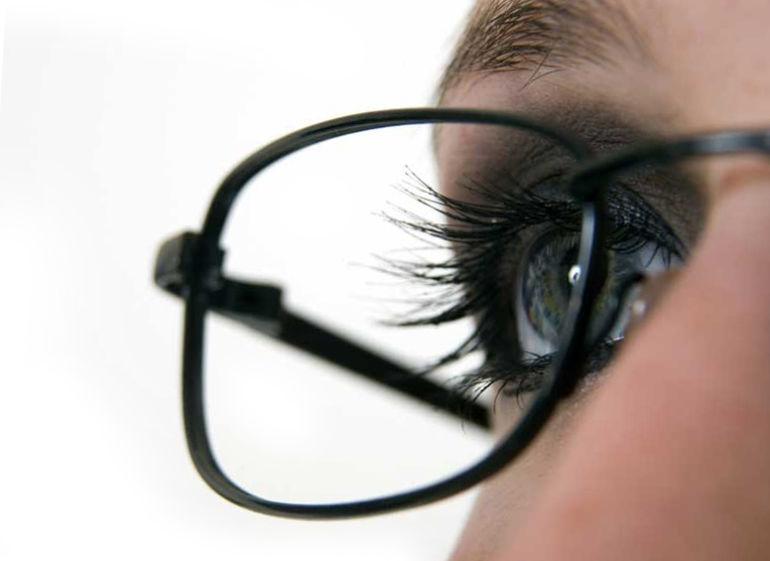 Глаза в очках