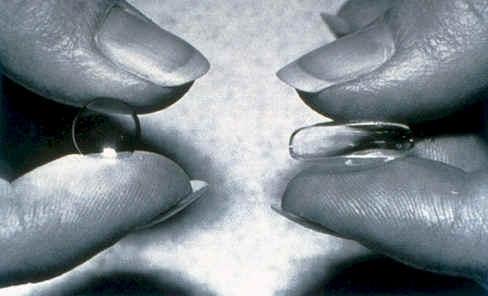 Мягкая и жесткая контактные линзы