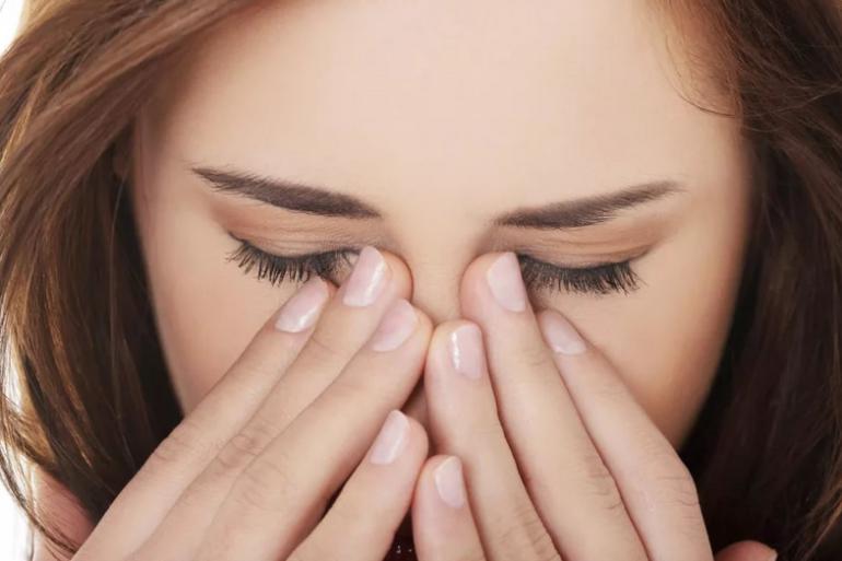 Боли в глазах